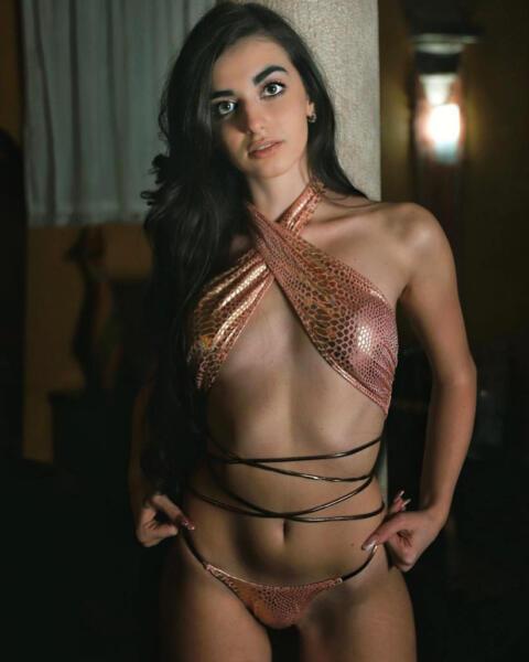 Alessia Miconi - Magazine n.8